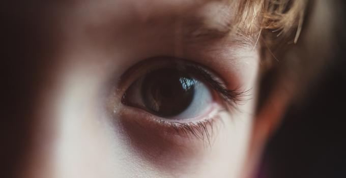 carane njaga kesehatan mata